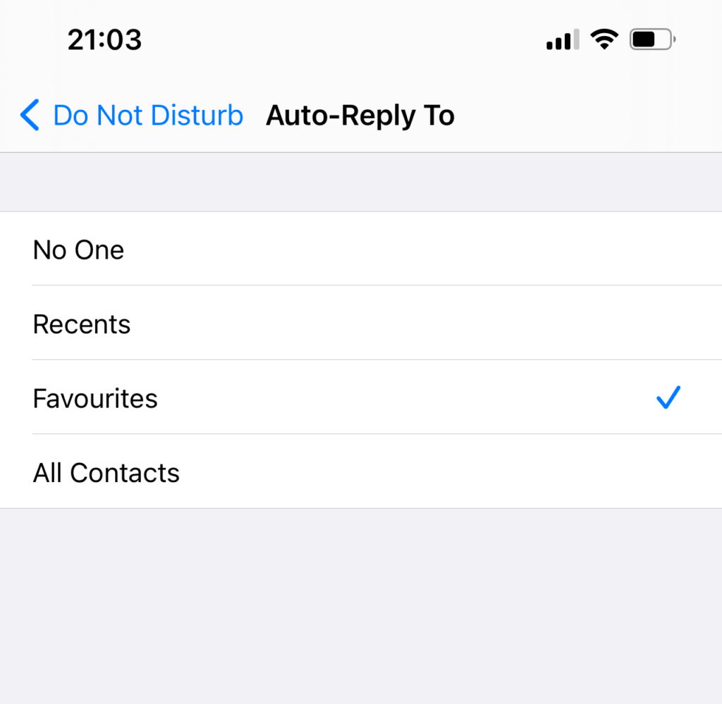iphone auto text reply while on vacation